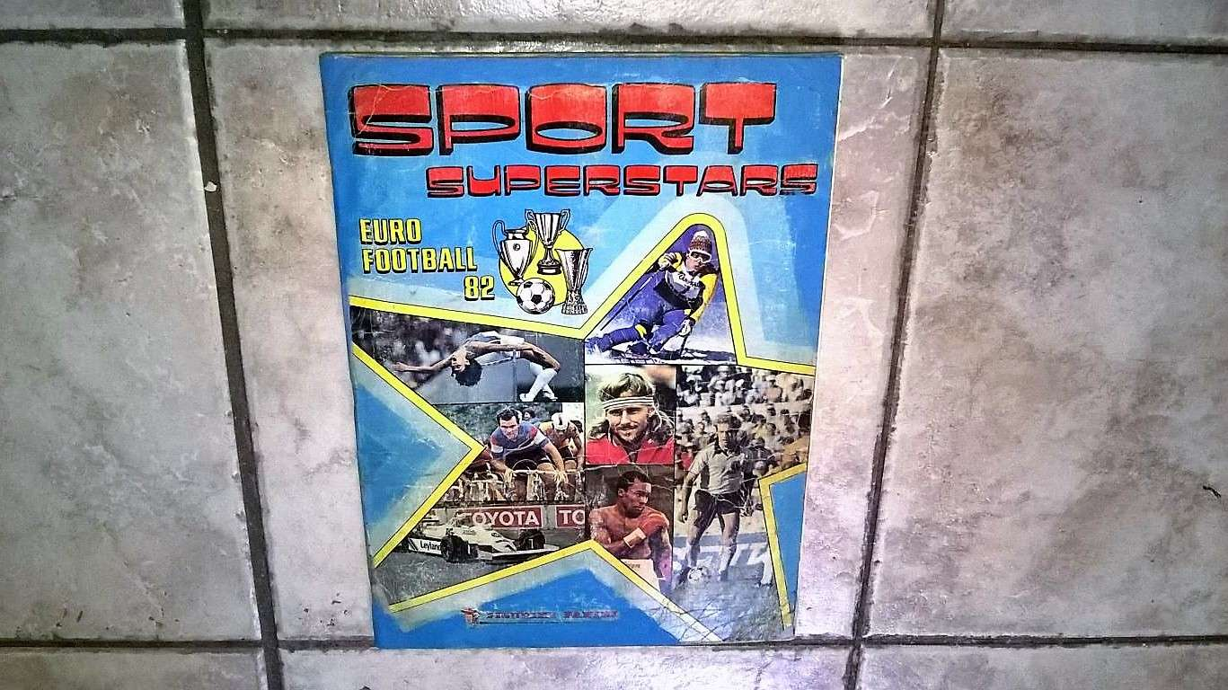 Album Sport Superstars Euro Football 82 - 2 figur mancanti